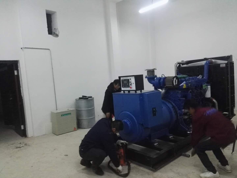 东乡500KW柴油发电机安装现场